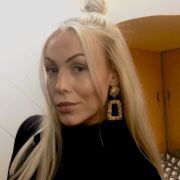 BlondeBlueEyeStudent
